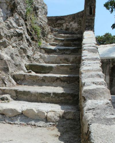 escaliers2 salle des meules 400x500